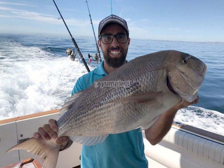 Contento con la pesca