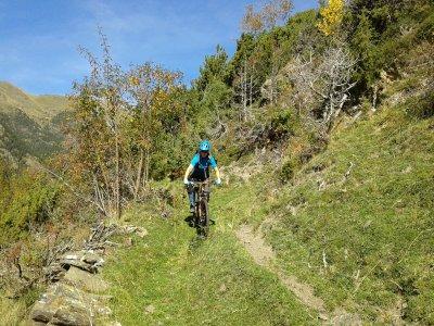 Giro in bici dal Coll de la Botella 4 ore