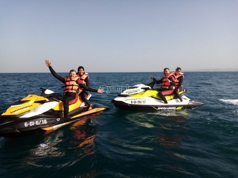 Friends on route with jet skis