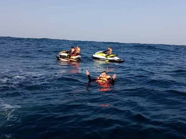 Dip in the high seas with jet skis