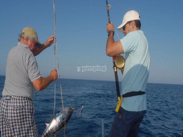 Acompaña a los pescadores