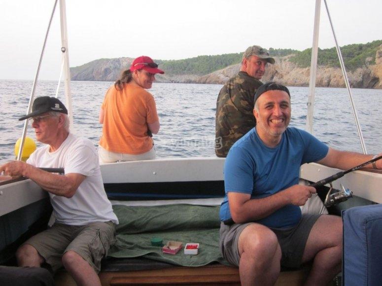 Pescadores y acompañantes