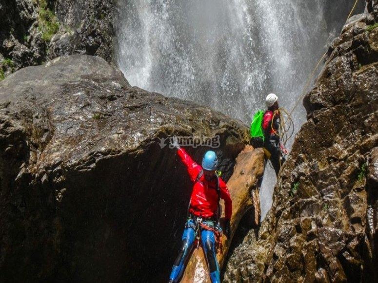 Barranquismo en el Pirineo aragones