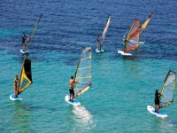 windsurfing in group