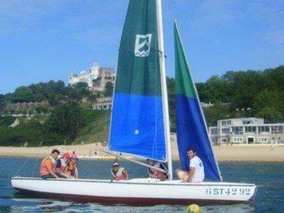 Alquiler de barco de vela en Santander por 3 horas