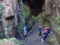 Rápeles entre cascadas