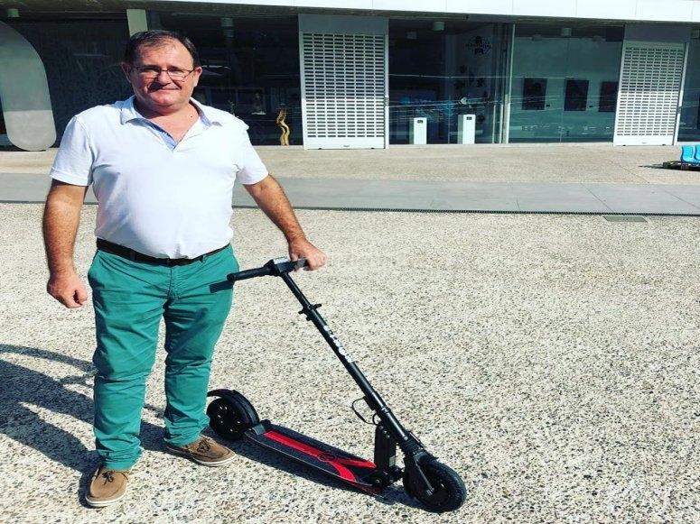 Con el patinete eléctrico en Malaga