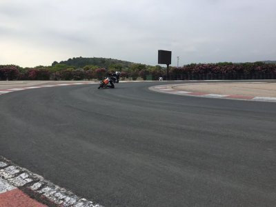 Advanced motorcycle asphalt course in Cheste 4 h