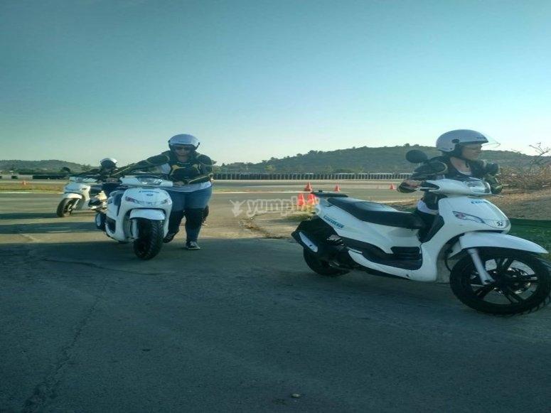 Hacia el circuito con las motos
