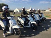 En el punto de partida con las motos