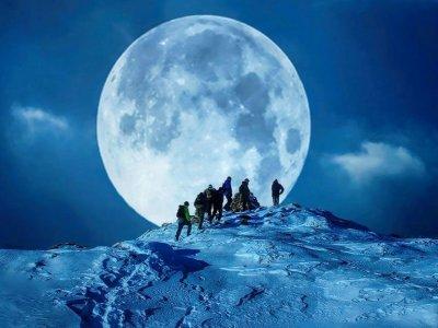 Ruta nocturna en raquetas de nieve Navacerrada 4 h