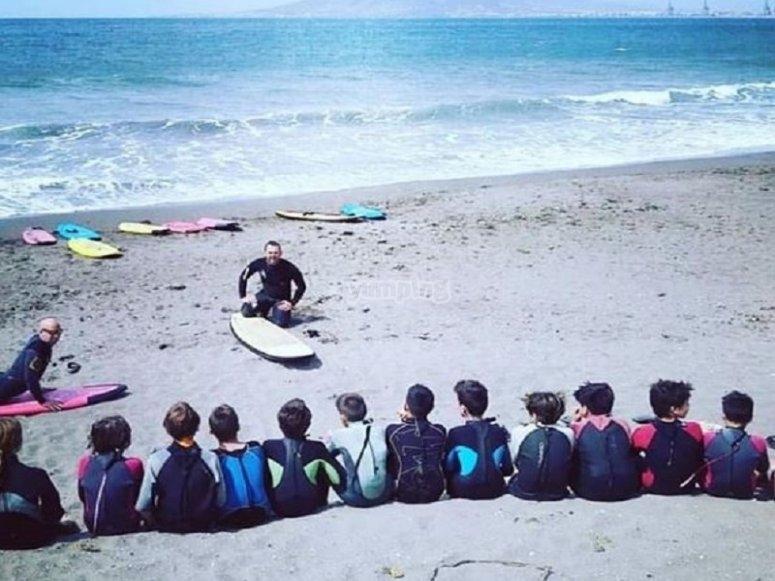 Lezione teorica di surf