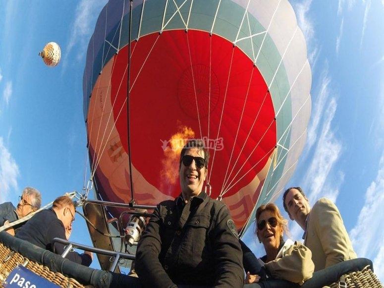 乐趣气球飞行