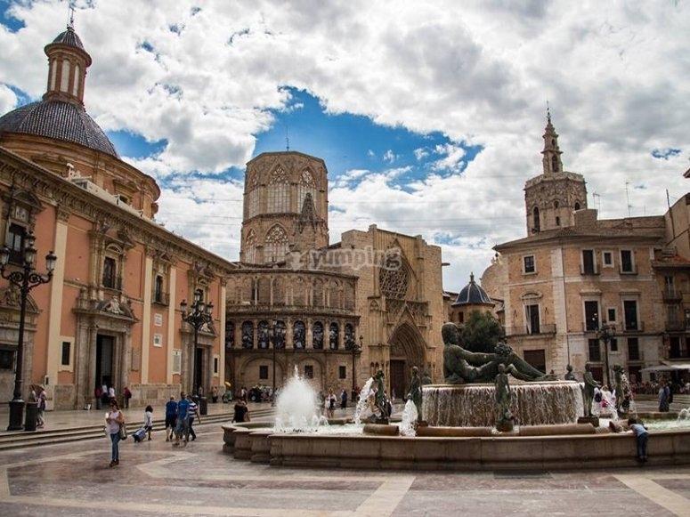Jugando por las calles valencianas