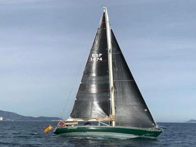 Paseo en barco con comida por costa de Valencia 6h