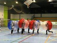 Burbujas en polideportivo cubierto