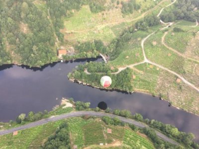 Balloon flight at sunrise over the Ribeira Sacra