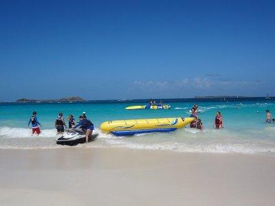 Banana boat en la playa de Badalona 40 minutos