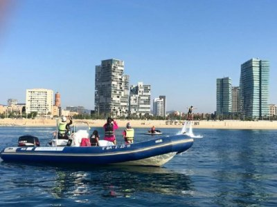 Boat rental for 5 people in Badalona 1 day