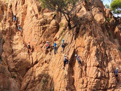 Corso di arrampicata iniziazione a Montserrat