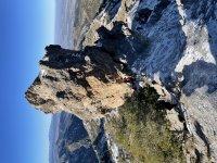 到达内华达山脉最令人惊讶的山峰的路线