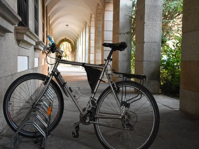 Electric bike route through viewpoints of Granada