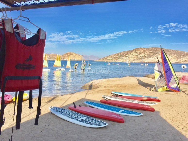 Paddle surf equipment to rent