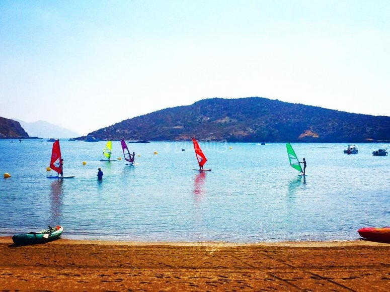 Windsurfing students during the session