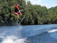 Hacer wakeboard en Lugo