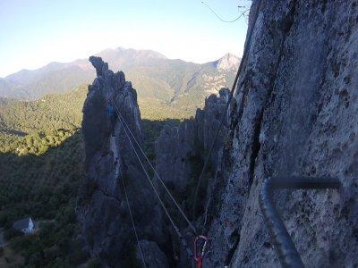 Vía ferrata de Atajate nivel básico Serranía Ronda