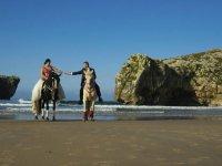 Sesion de fotos con novios a caballo