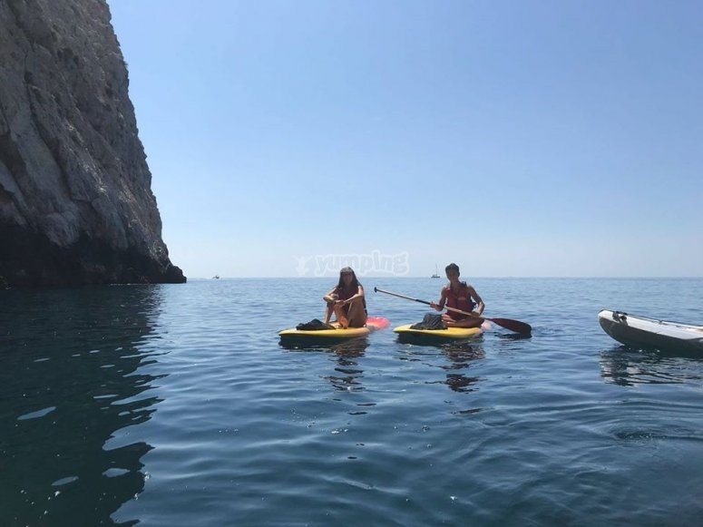 Spectacular paddle surf ride