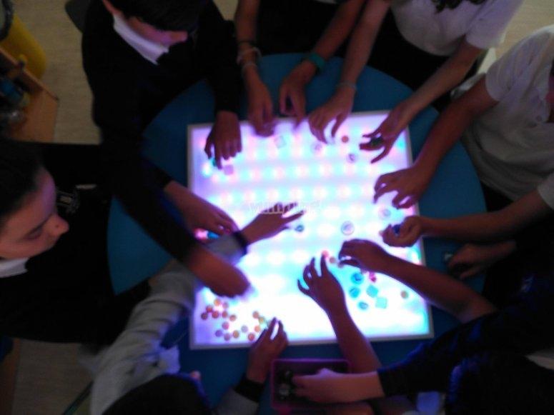 Magia con nuestra mesa de luz