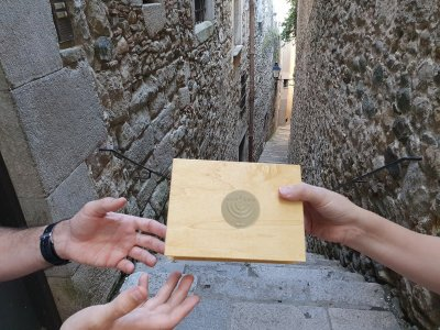 Escape room through the old town of Girona 2 hours