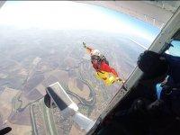 Volando bajo la avioneta