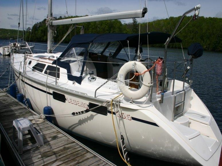 Martín Fierro sailboat