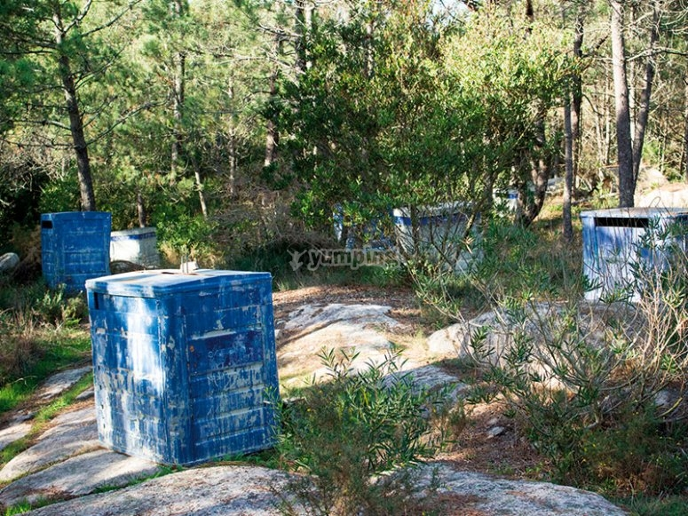 Hideouts in the paintball field