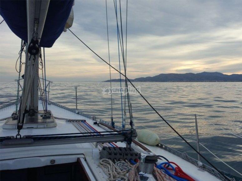 Disfrutando de una tarde en barco