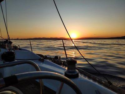 Ruta en velero por la Costa del Azahar medio día