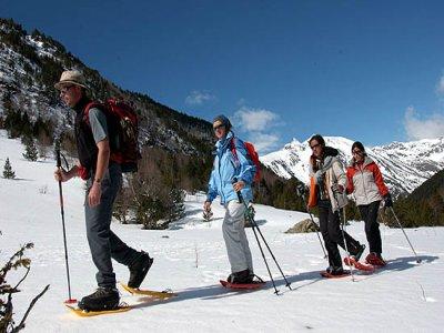 Escuela Española San Isidro Raquetas de Nieve