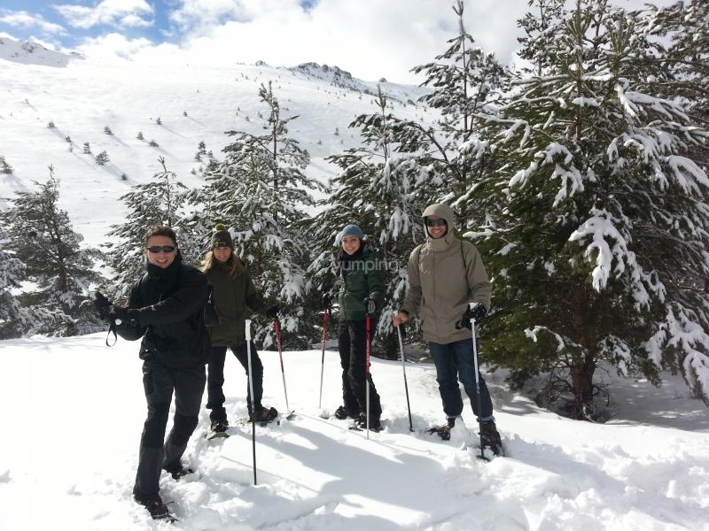 Raquetas de nieve en Valdesquí