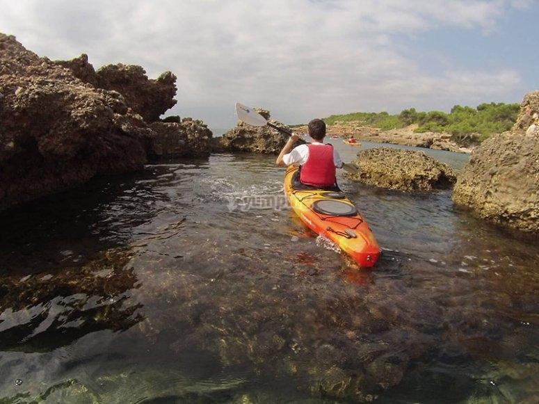 Godersi un viaggio in kayak a L´Ametlla