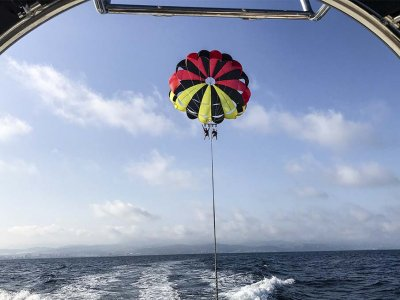 Parasailing flight with video in Alicante 15 min