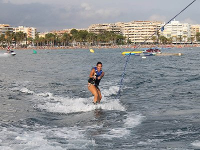 Wakeboard session in Salou 15 minutes