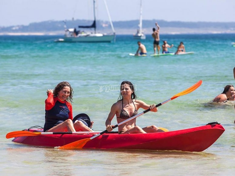 Friends in kayak