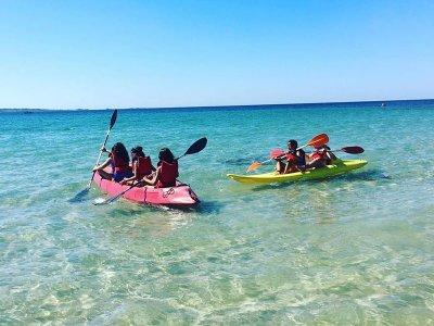 Alquiler kayak en playa de Ladeira en Corrubedo 1h