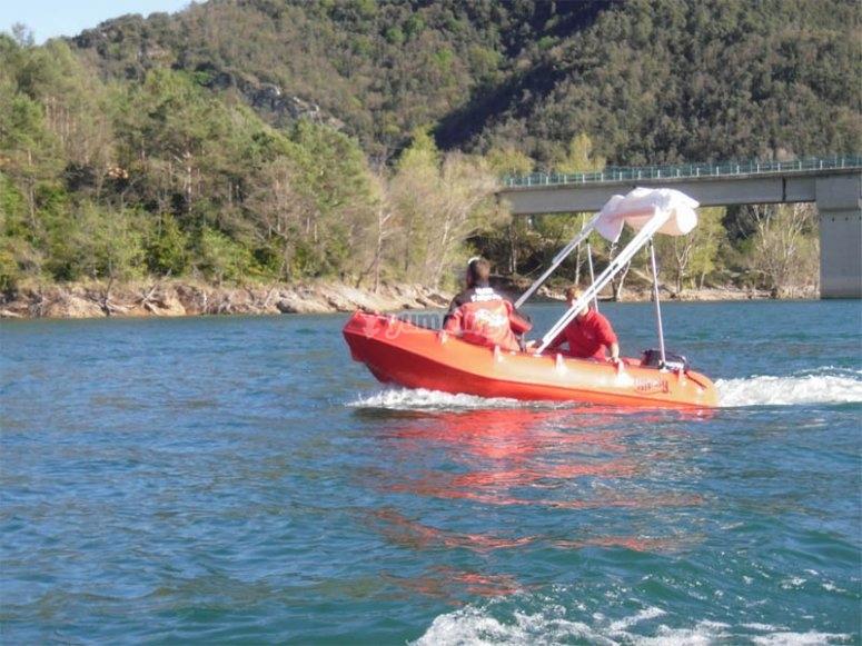 发现周围的环境奥尔文乘船游览