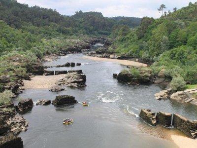 Rafting sul fiume Miño per teambuilding 3h