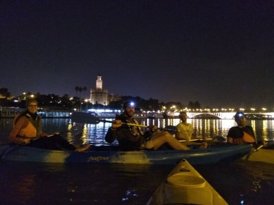 Night route in canoe through Guadalquivir Seville