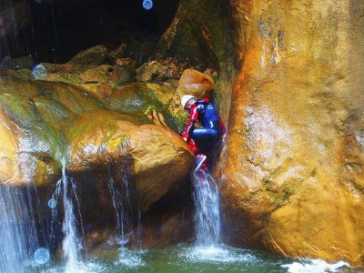 Barranco de iniciación en río Vero en Guara 2 días
